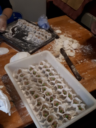 Ravioli fatti a mano in preparazione