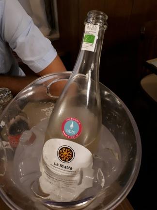 """Vino Spumante """"La Matta"""" 2016 - Casebianche"""